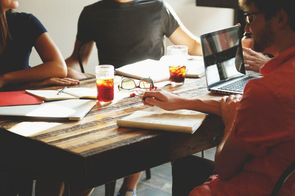brainstorming in group